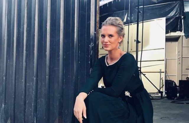 shaniera-akram-shares-her-experience-of-working-in-debut-film